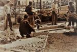 Výstava a úprava kolem pomníku